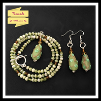Handmade Green Beaded Necklace & Drop Earrings