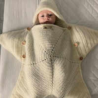 Baby star snuggle sack