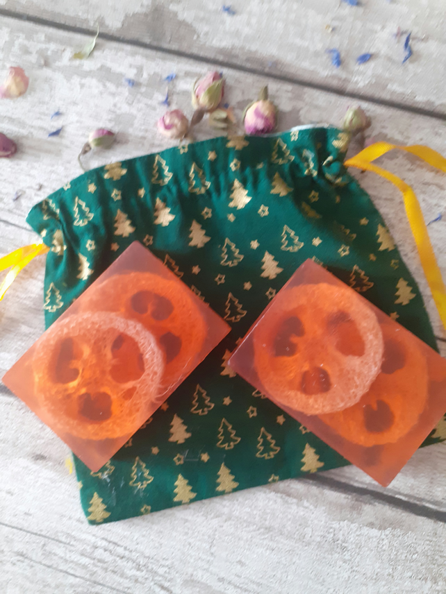 Handmade Natural Loofah Soaps Set Ginger & Clove With Lined Cotton Christmas Bag