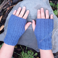 fingerless gloves crochet wear