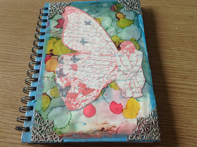 A5 Lined Pages Mixed Media Table Notebook