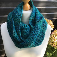 Beautiful Infinity scarf in double knit, green marble yarn.