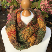 Chunky infinity scarf in autumn marble
