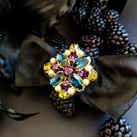 Glamorous Beatrice Swarovski crystal embellished beaded multi color bow brooch