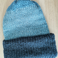 Blue Fully reversible hat
