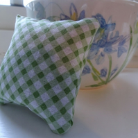 Chequered lavender bag