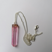 Silver plated chain with pink pendant