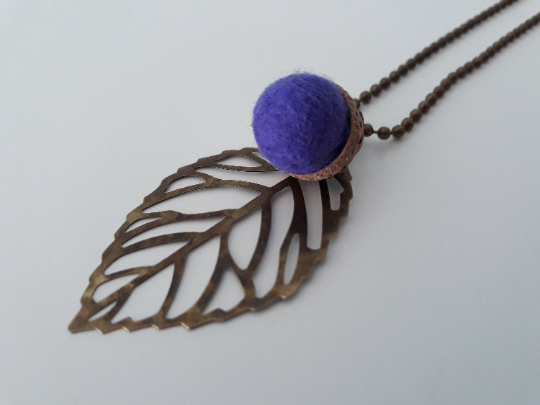 Needle Felted Acorn Leaf Necklace-Purple