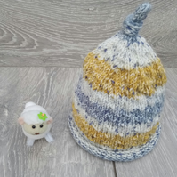 Hand Knitted Newborn Baby Hat in Stripes