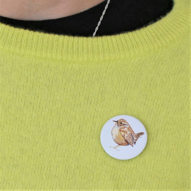 Pin badge with image of my wren free motion embroidery