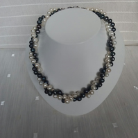 Black and White Freshwater Pearl Twist Necklace 17in with Silver Clasp