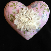 Very pretty love heart in pinks
