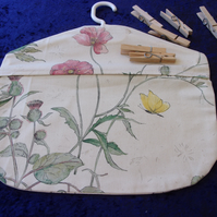 Small Peg Bag (pegs not included)