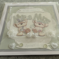"On Your Wedding Day - Mr and Mrs Cute Teddy - Decorated - 8 x 8"" Blank Insert"