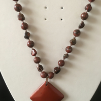 Red Jasper Pendant Necklace. (N167)