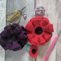 Large Red Poppy Brooch (50% sale will be donated to the poppy appeal)