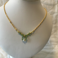 Peridot necklace with pearl