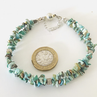 Turquoise gemstone bracelet with magnetic clasp