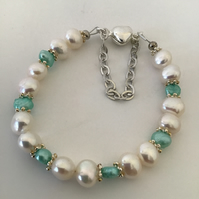 White & Mint Cultured Pearl Bracelet