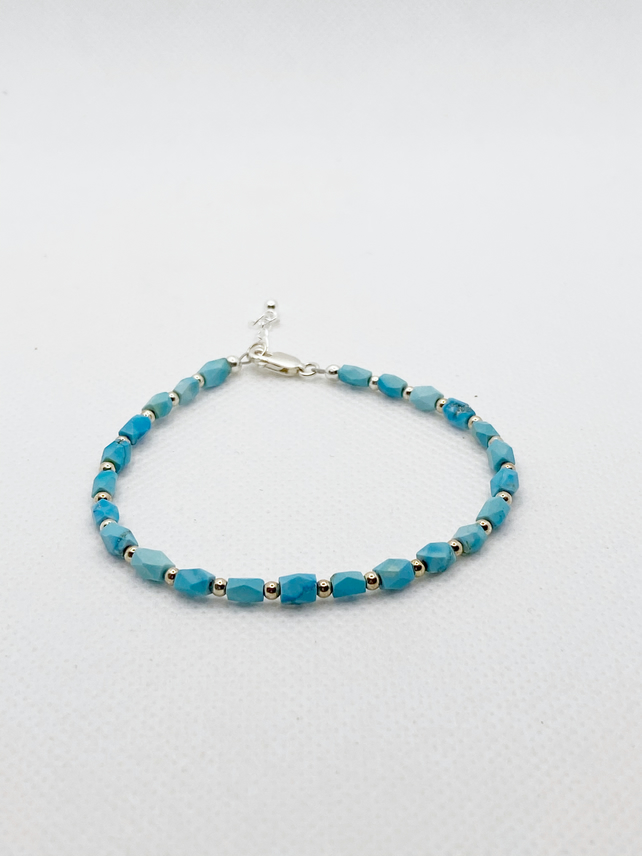 Turquoise bracelet with sterling silver beads and clasp