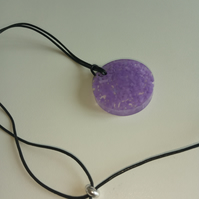 Jewellery Purple Speckles Gem Circle Pendant Necklace with Black Leather Cord