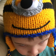 CHILDS MINION HAT 2-4 YEARS