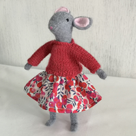 Elsie Mouse Craft kit (Red)