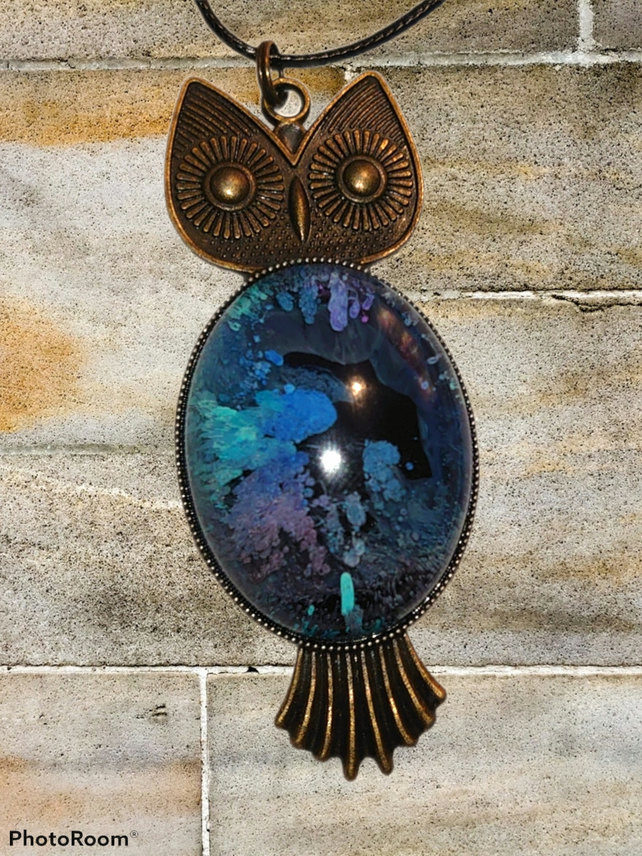 Large resin owl necklace