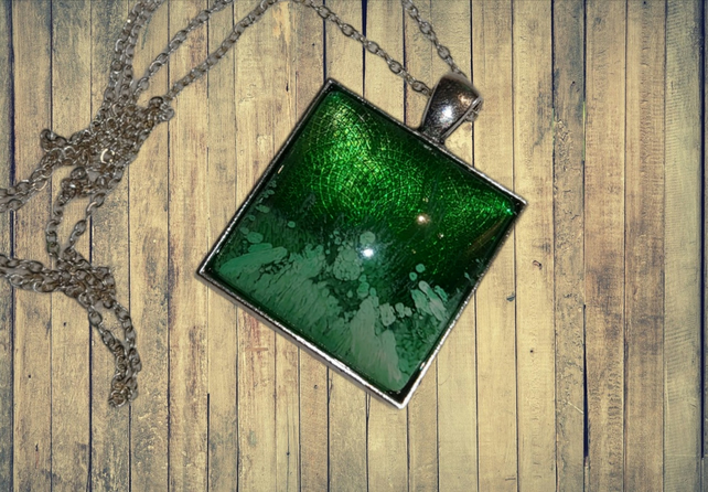 Green square resin necklace