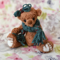 Hallie, cosy Christmas bear, hand sewn collectible artist bear with scarf