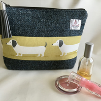 Harris Tweed boxed zippered purse or bag with dachshunds