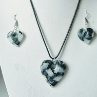 'Faux Moss Agate' Necklace and Earrings Set