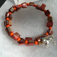 Coral Shell Horse Memory Wire Bracelet