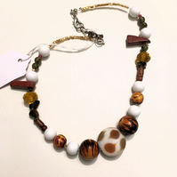 Toffee and Cream Necklace