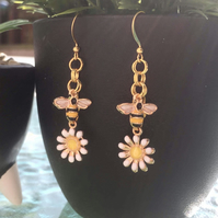 Daisy and Bumblebee Charm Dangle Drop Earrings