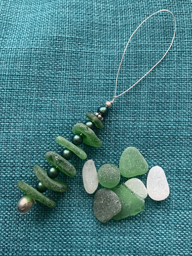 Green sea glass Christmas w