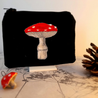 Toadstool Design Black Velvet Coin Purse