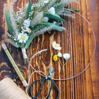 Dried Flower Wreath, Daisy Wreath, Grasses Wreath, New Home Gift
