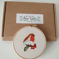 Robin Embroidery Kit  (cream cotton)