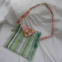 Pretty bag in grey and green, with recycled cotton interior