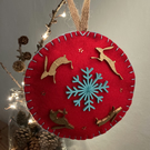 Christmas around the snowflake - Red - felt bauble