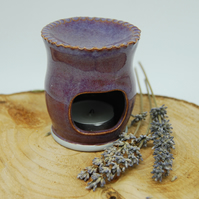 Oil Burner with Heart Cut Out and Fluted Top in Lilac