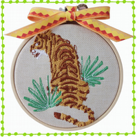Sitting Tiger, 10cm Embroidered Hoop Art, Wall Hanging, Embroidered Decoration