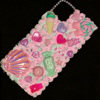 iPhone 11 phone case white pink silicone decoden glitter pearl cabochon charm