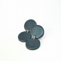 Minimal shiny metalic dangle earrings