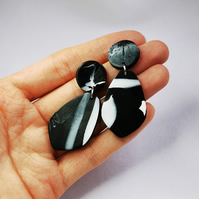 Handmade minimal black and white earrings