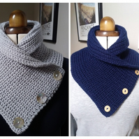 Cosy hand crafted neckwarmer
