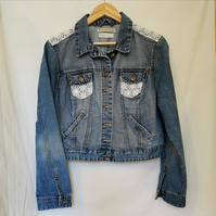 The 'Buttons and lace' Jacket
