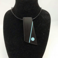 A Lovely Ebony Unisex Necklace