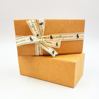 Self-assembly Gift Boxes 14.6cm x 7.3cm x 5.5cm Oblong shaped Small Gifts ref:A